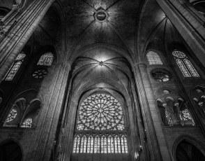 Notre-Dame-Transept.jpg