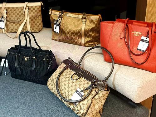 LUXE IN Luxury Exchange