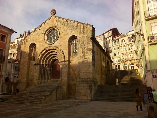 Igreja de São Tiago by bryandkeith on flickr