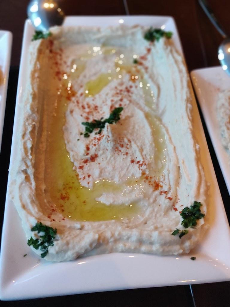 Hummus Zahrabel