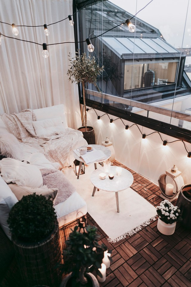 The Best Decorated Small Outdoor Balconies On Pinterest Living After Midnite