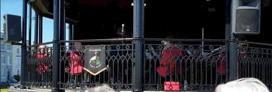 Deal Bandstand