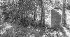 Espazos da memoria Monumento no alto da Cruz da Maceira