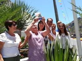 'Cita' Bolaños protagoniza la Subida de Bandera de las Fiestas de Santa Teresita de El Hornillo