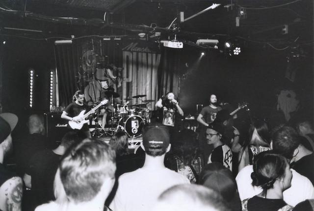 one band, one shot: Wolfrik
