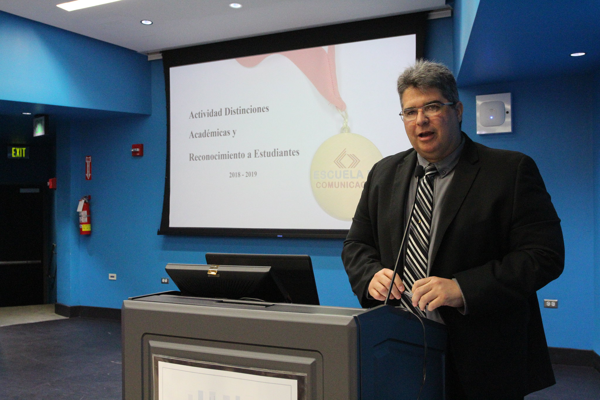 Dr. Jorge Santiago Pintor