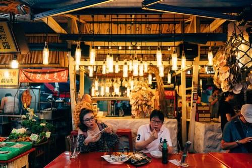 Seafood shop at Dong Da Men Night Market (東大門夜市), Hualian, Taiwan