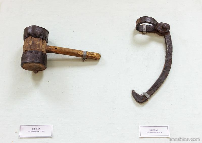 Киянка для конопатки судов и кондак для кантовки леса