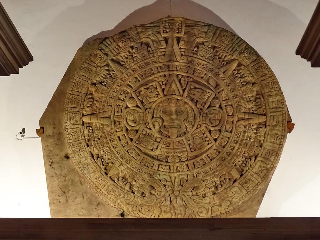 calendario Azteca piedra del Sol reproduccion s. XV Mexico Museo de America Madrid