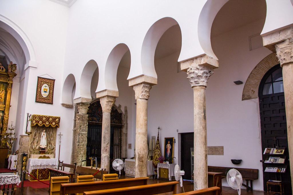 columnas interior Iglesia de El Salvador de Toledo