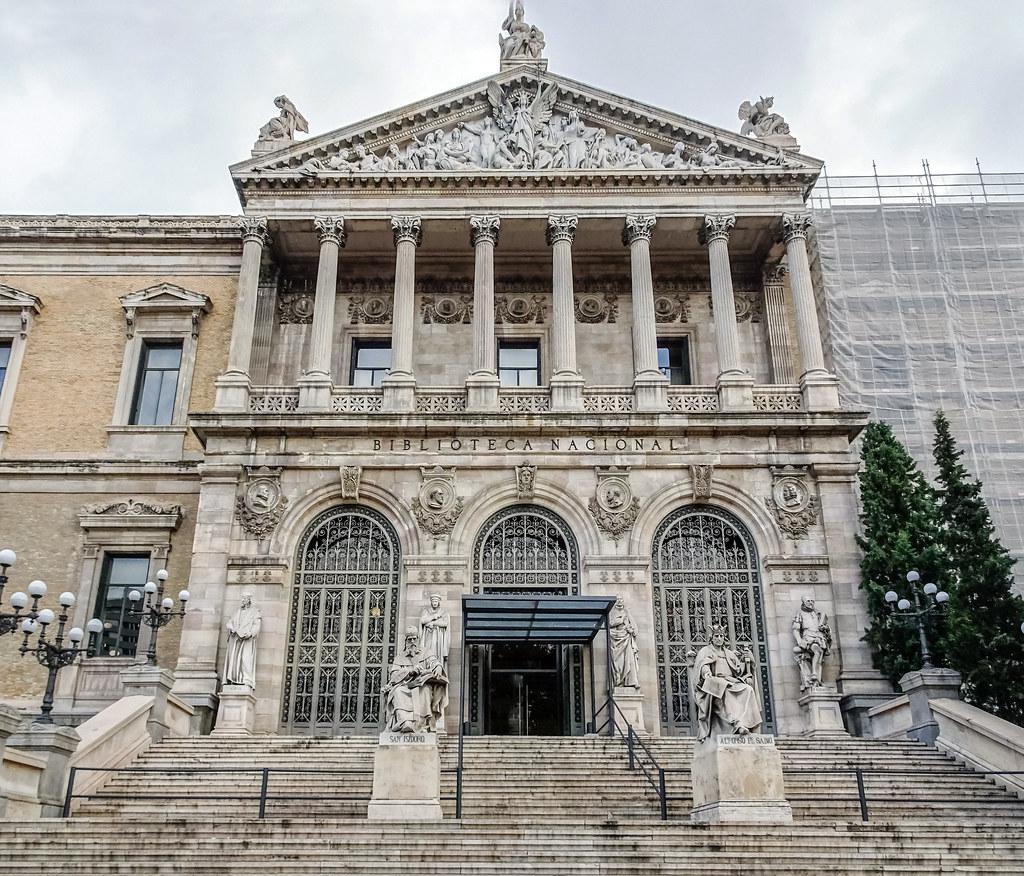 edificio exterior Biblioteca Nacional Madrid