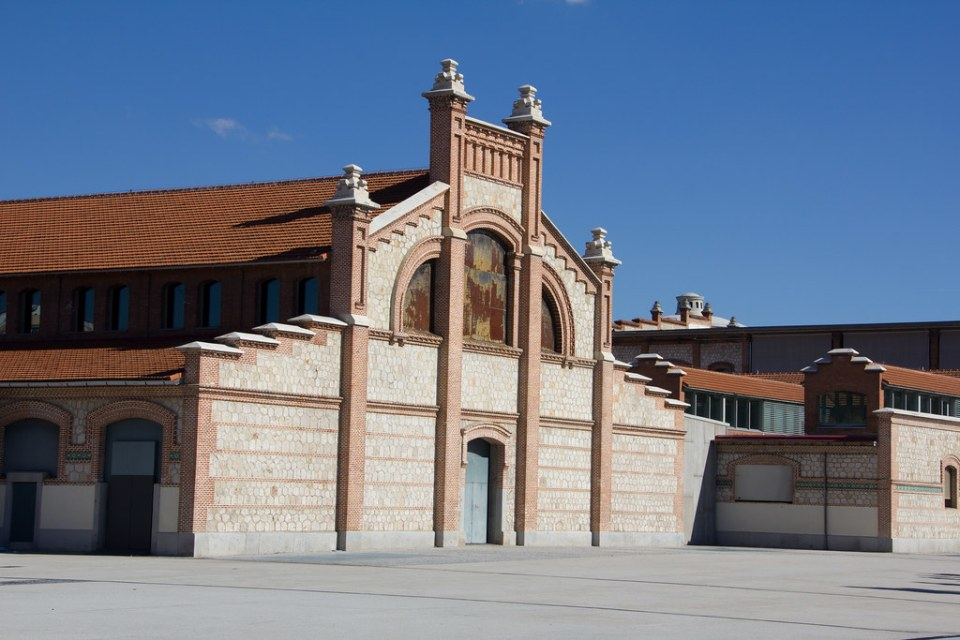 edificios exterior Matadero Madrid 04