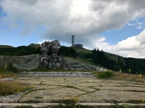 Buzludzha Monument / Паметник на Бузлуджа
