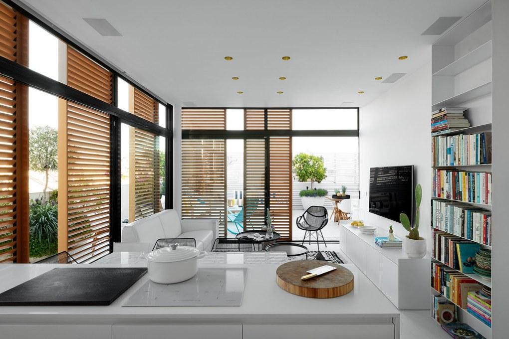 שילוב ברזל בעיצוב דירה בסגנון מודרני