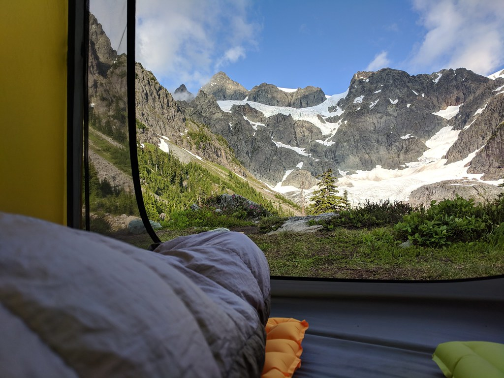 Lake Ann camp with views of Mount Shuksan