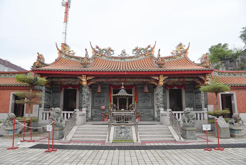 see hin kiong temple in padang