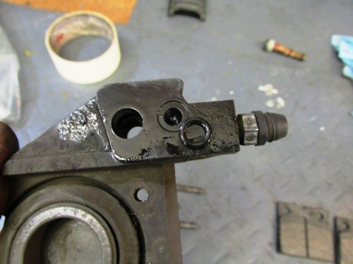 Small O-ring Fits In Groove Around Fluid Transfer Hole of Each Caliper Half