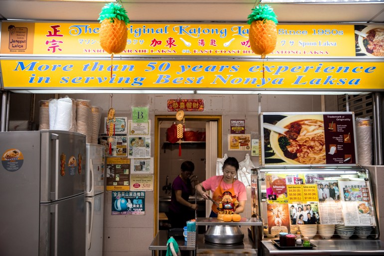 SINGAPORE FOOD TOUR BY HELLO SINGAPORE TOURS - Best Food Tour in Singapore   Wanderlustyle.com