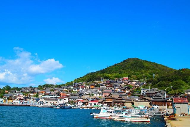 高松男木島