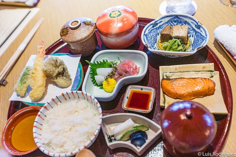 Menu du soir pour les enfants au restaurant Hanabi
