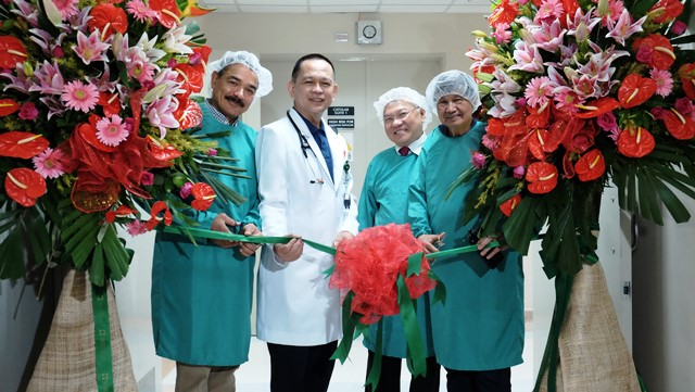 Asian Hospital Installs Philips Azurion for New Cath Lab2