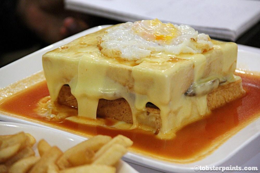 Francesinha | Lunch at Ou Mun Cafe