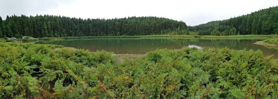 Lagoa do Canario Serra Devassa Isla de San Miguel Azores Portugal 01
