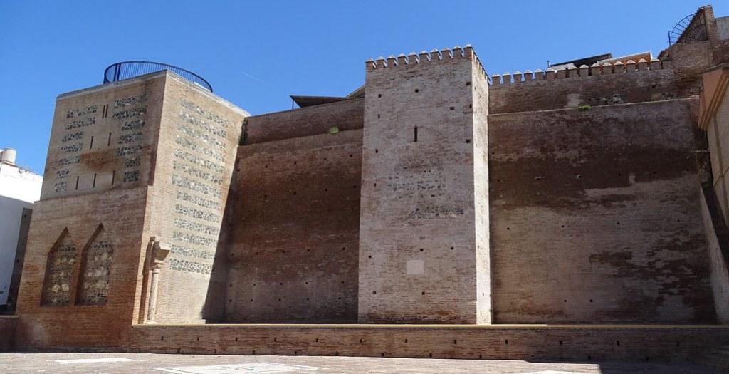 muralla exterior de la Medina Velez-Malaga Málaga 01