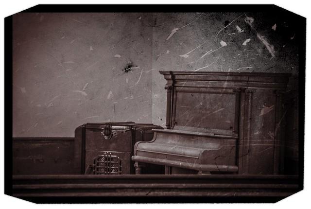 Ruff Chapel Piano - Tintype