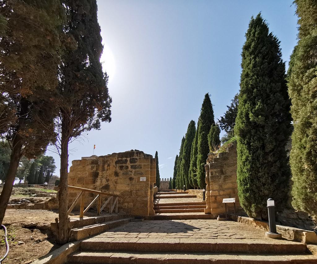 puerta cristiana Alcazaba de Antequera Malaga