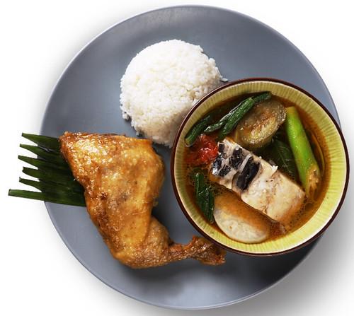 Max's Fried Chicken and Sinigang na Tiyan ng Bangus