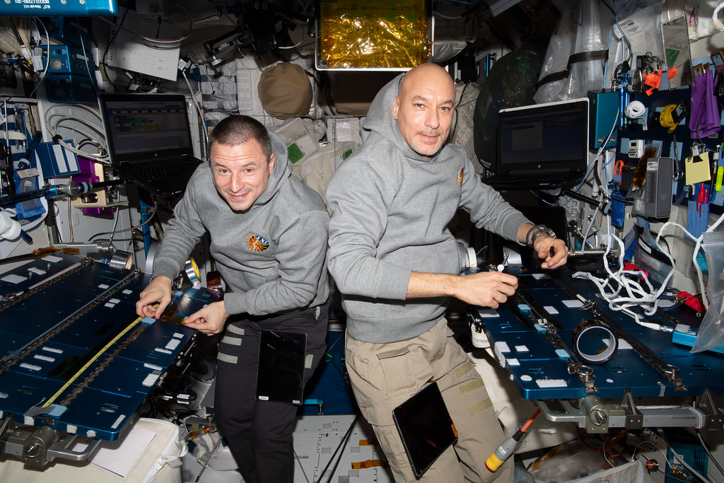 Astronauts Luca Parmitano and Andrew Morgan