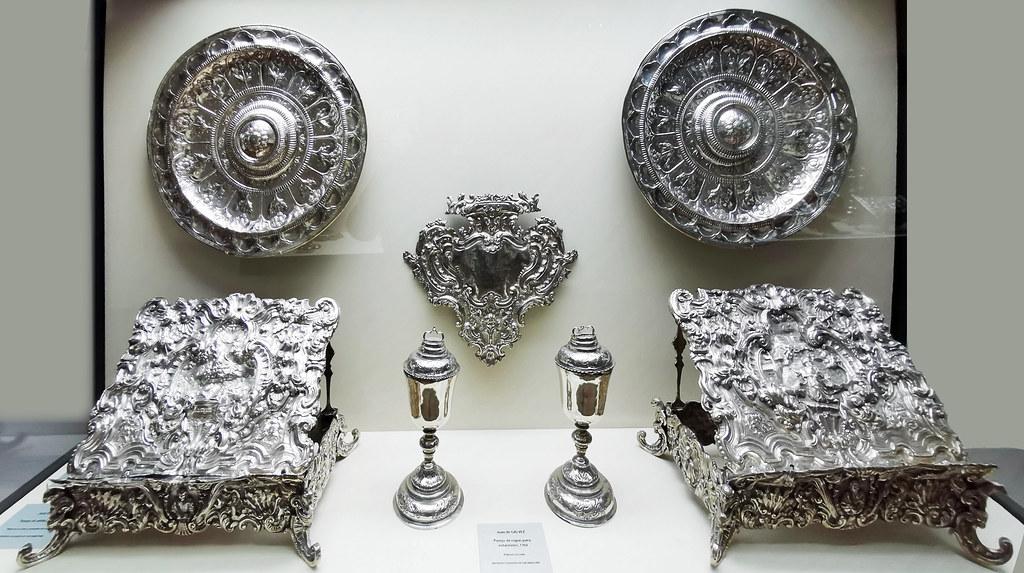 bandejas atriles copas de votaciones de plata Plateria religiosa Museo de la Ciudad de Antequera Malaga