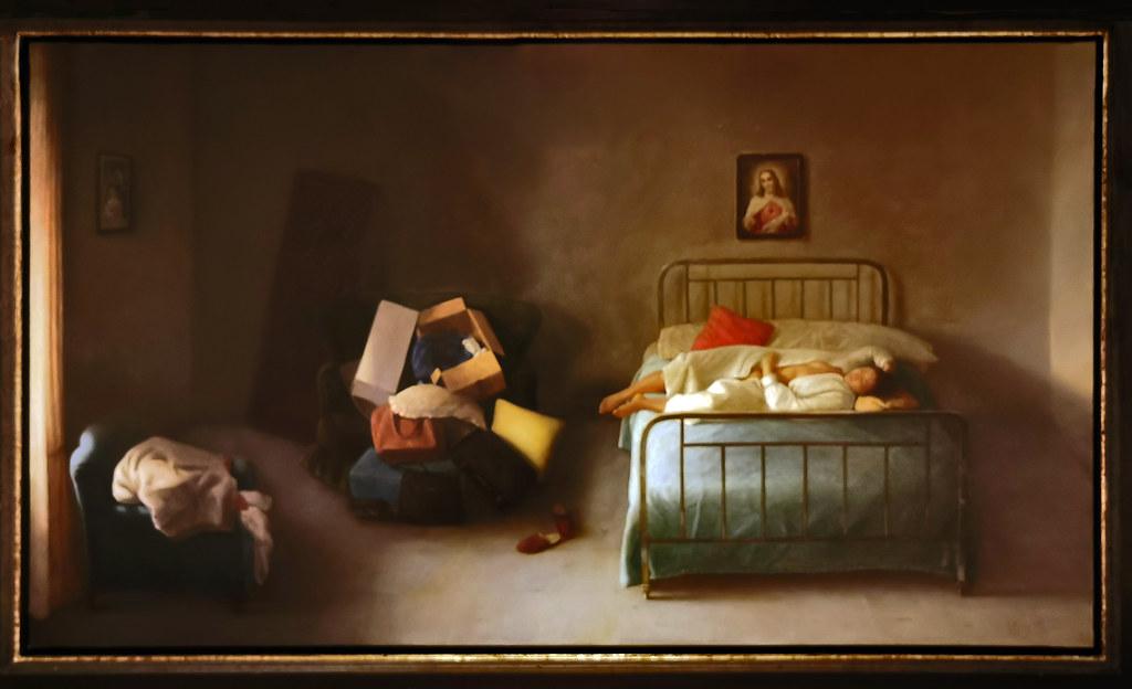 Mujer tumbada en bata 2005 2011 oleo pintura realista de Cristobal Toral Museo de la Ciudad de Antequera Malaga