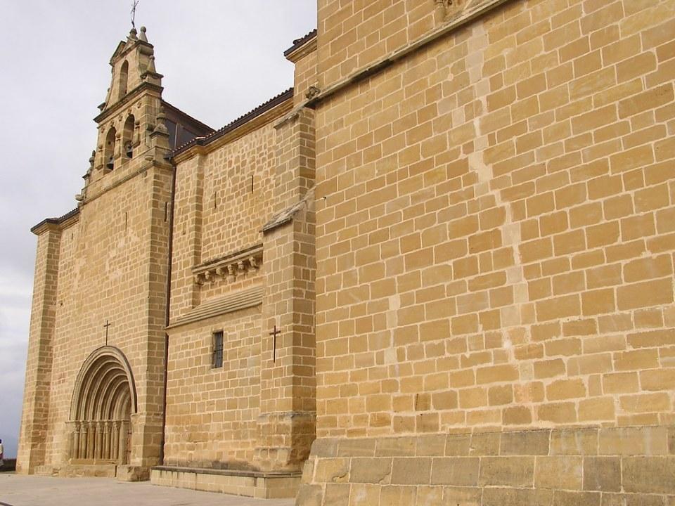 exterior Ermita del Santo Cristo Labastida Alava 33