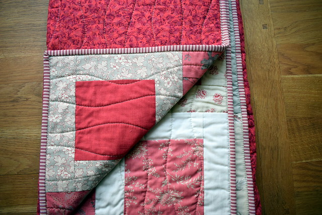 French General Quilt Gift
