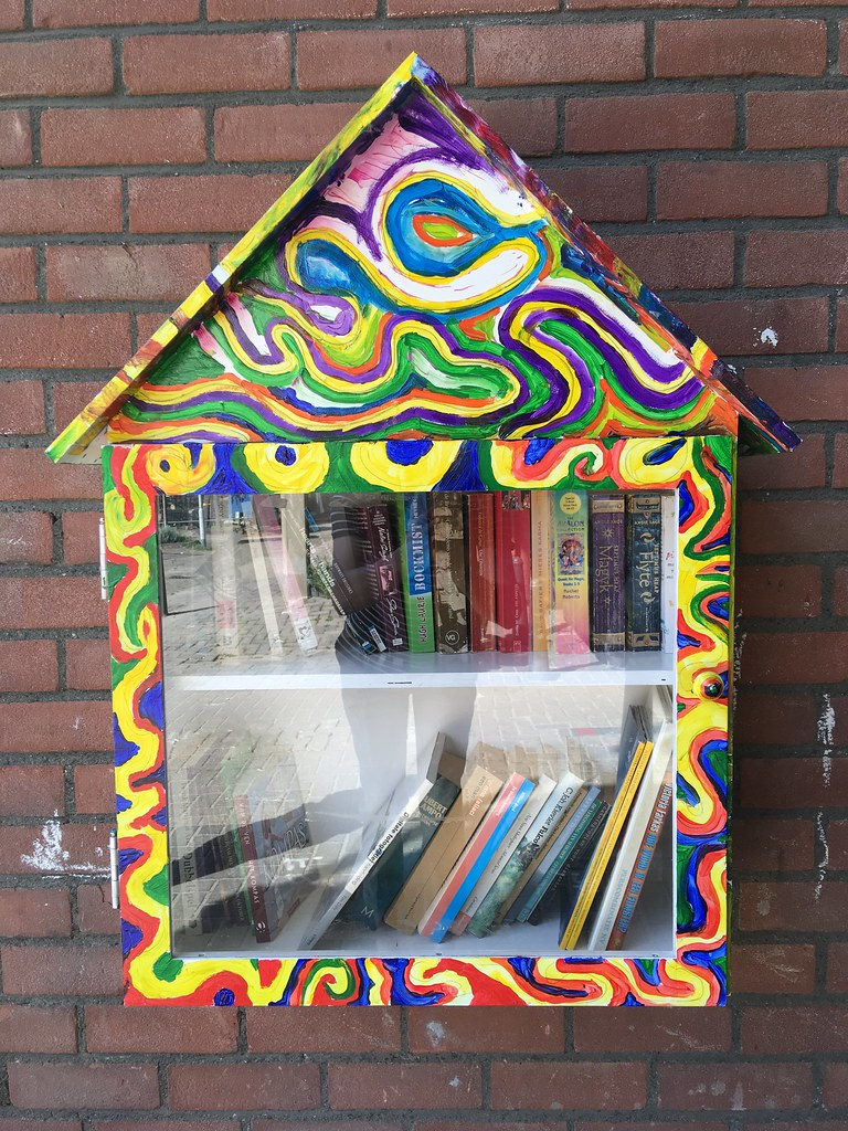 Rotterdam Daily Photo: Free street library