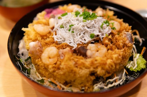 Fried donburi at  Tobiccho (しらす問屋 とびっちょ), Enoshima, Japan