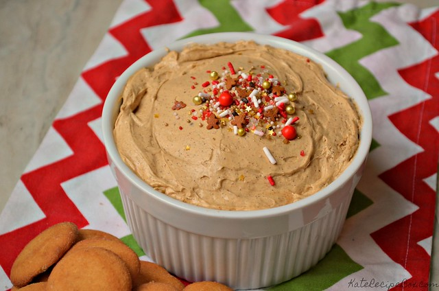 Gingerbread Cheesecake Dip 3