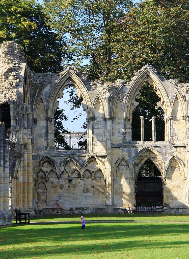 abbey-981955_1920