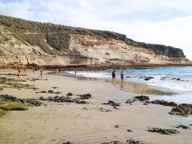 Marea baja en la playa de Diego Hernández en Tenerife