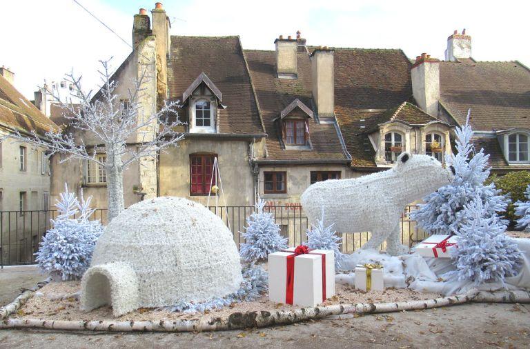 Igloo du père Noël à Dole....