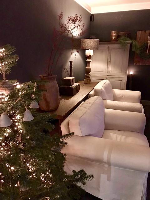 Woonkamer kerst versieren