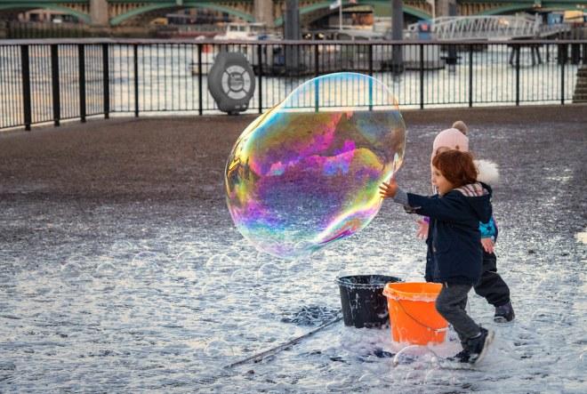 MST52/19 - 49 Bubble