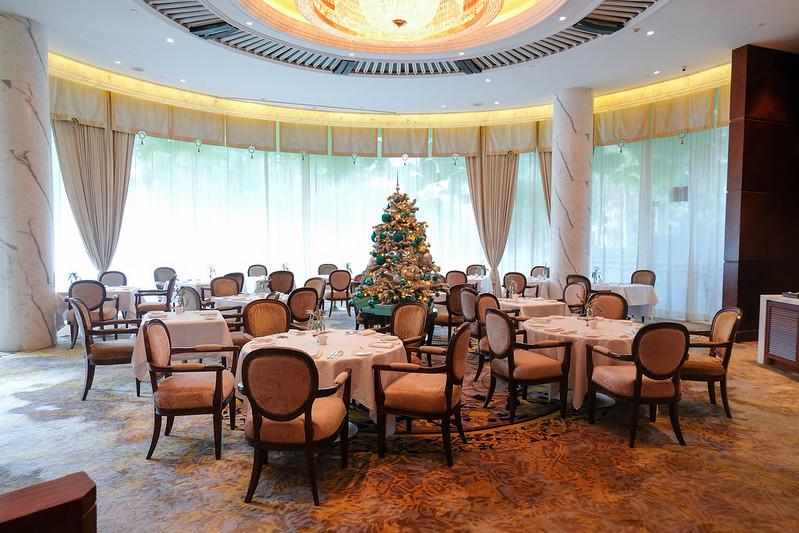 summit room shangri-la singapore