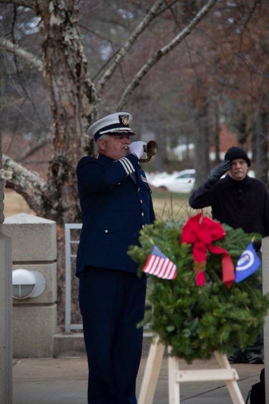 Wreaths Across America15