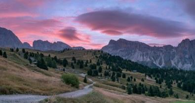 *Morning sky over the Mastlè - Alp*