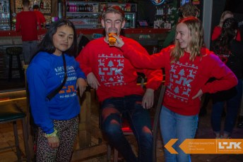 Christmas_Sweater_Drink2