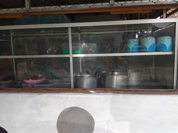 menu-makan-warung-tenda-biru