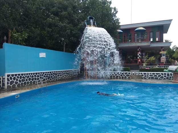 air-segar-kolam-renang-tirta-guwo-indah
